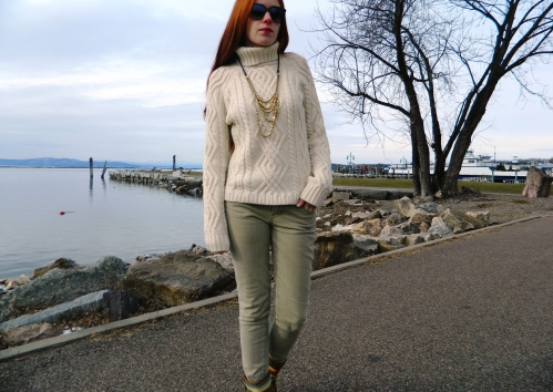 Wore Out, Vermont Fashion, Cold Weather Wardrobe, Cable Knit  Sweater, 6pm Necklace,  Multi Strand Gold Necklace, Southwestern Accessories, Levis Skinny Jeans, Suede Brushed Denim