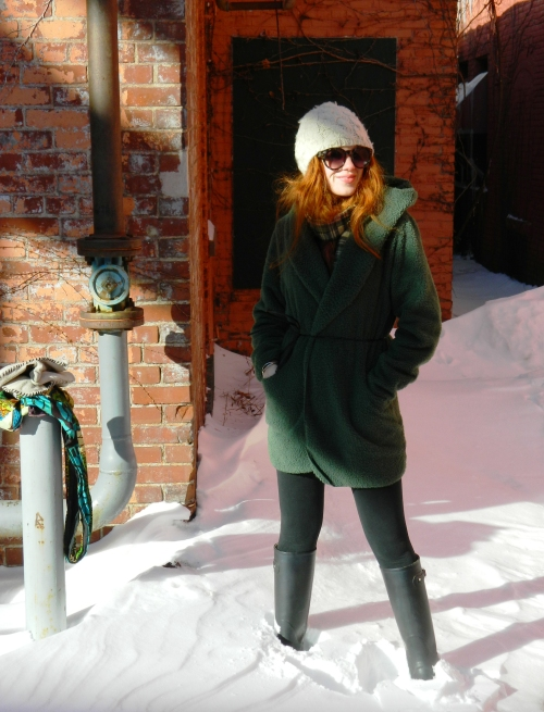 Wore Out, Vermont Fashion, Winter in Vermont,  How to layer without looking bulky,  What to layer when it snows, winter  outfit ideas, Nemo Pictures, Winter in Burlington, Black Wellies
